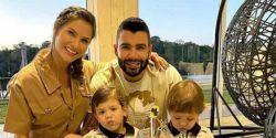 Andressa Suita rebate acusações sobre impedir Gusttavo Lima de ver os filhos
